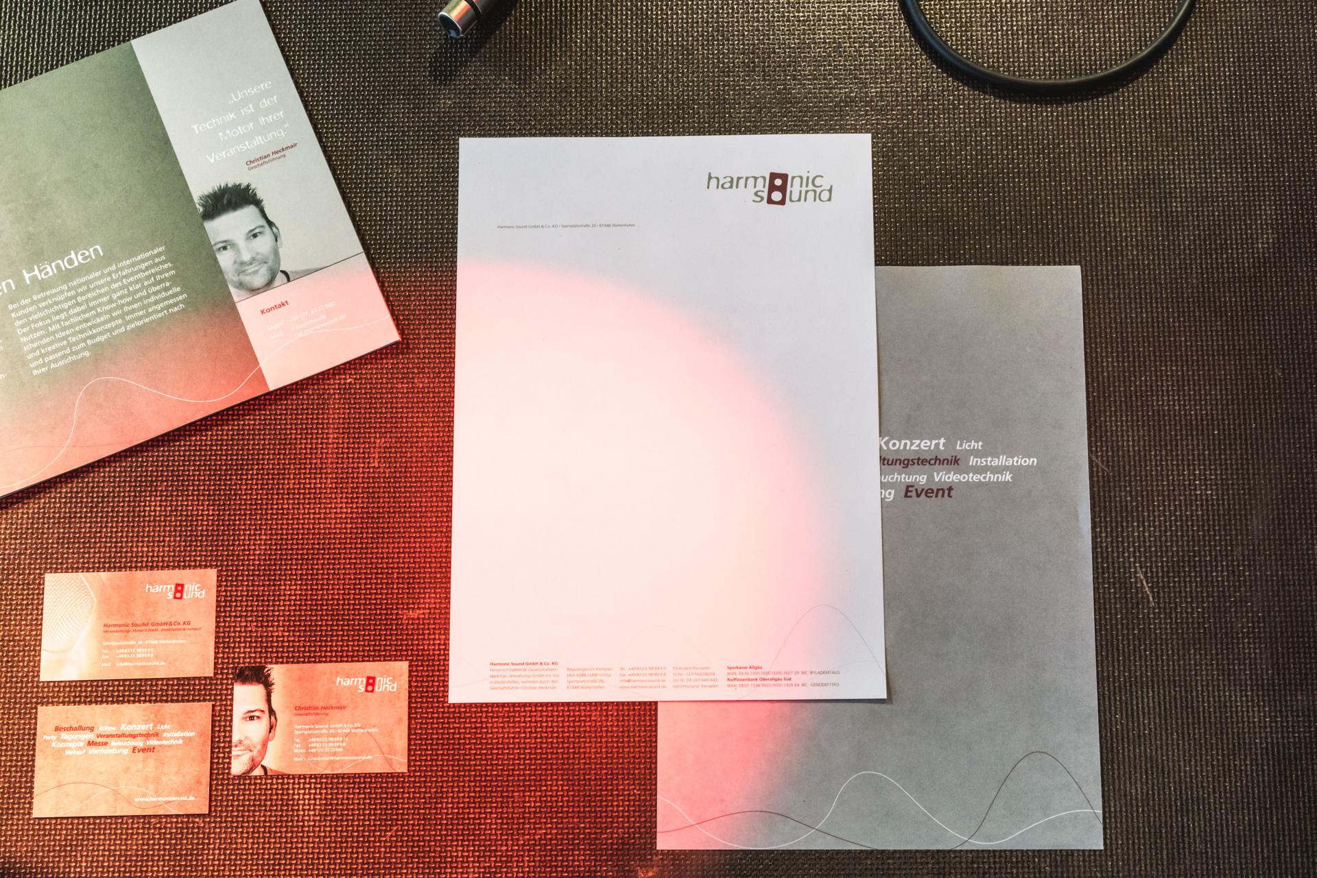 Broschüre Und Visitenkarten Für Harmonic Sound Im Allgäu